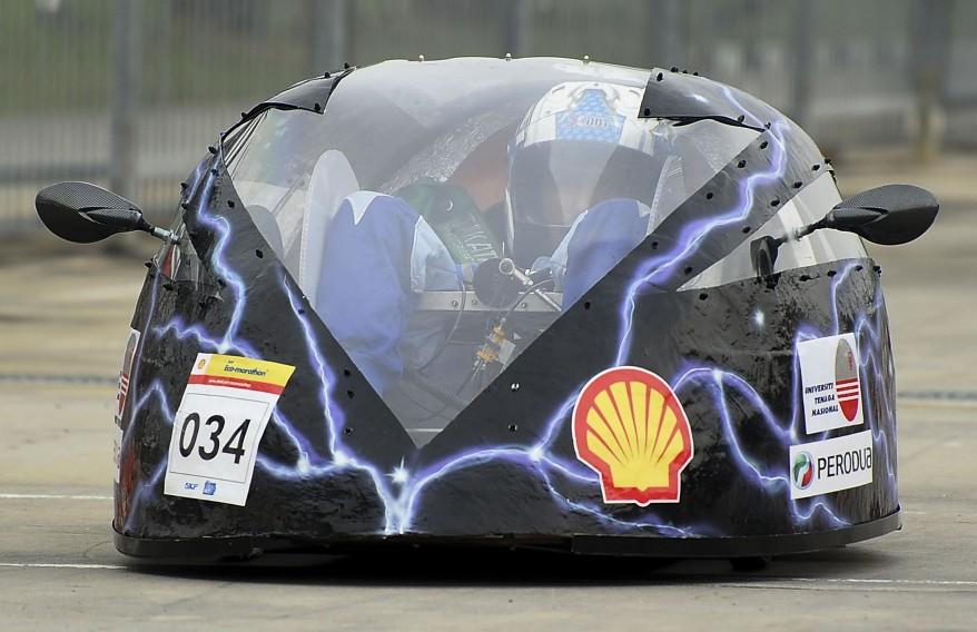 2,833 Kilometers on One Liter of Fuel – Shell Eco Marathon