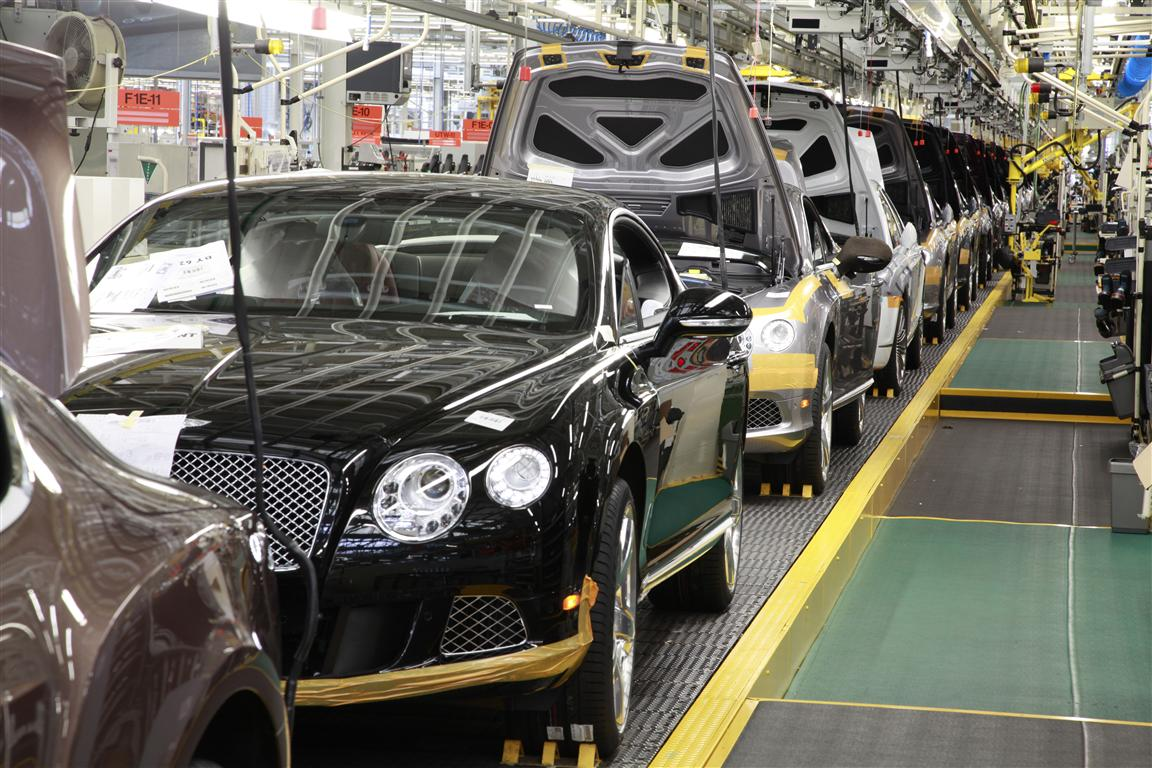 Bentley-Motors-Production-Line-in-Crewe