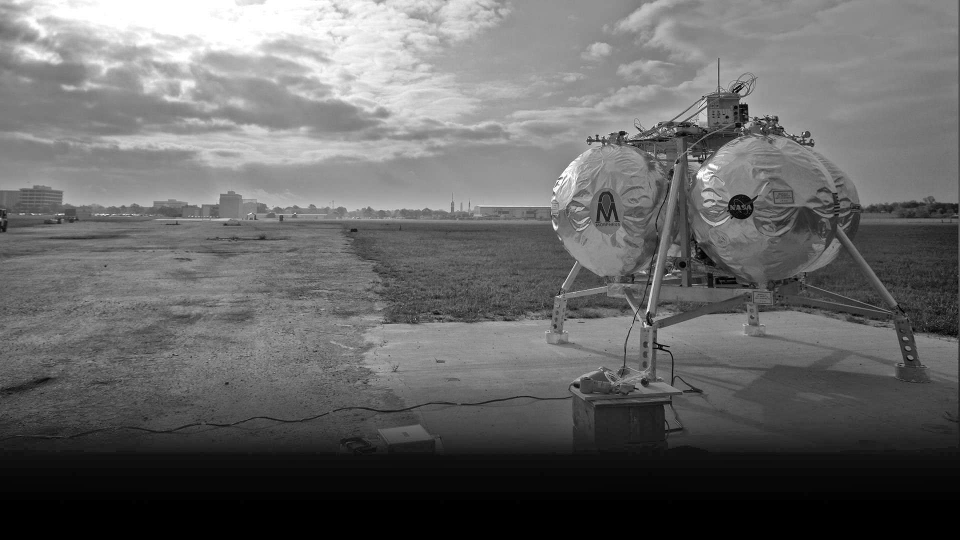 See NASA's Sci Fi-Looking Morpheus Lander in Action