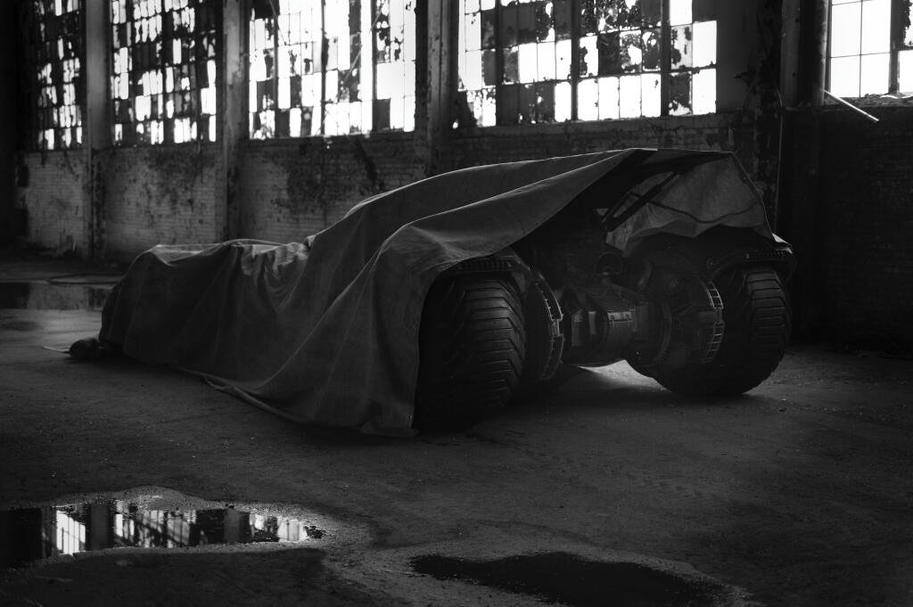First Picture Of The New Batmobile From The Batman/Superman Movie…