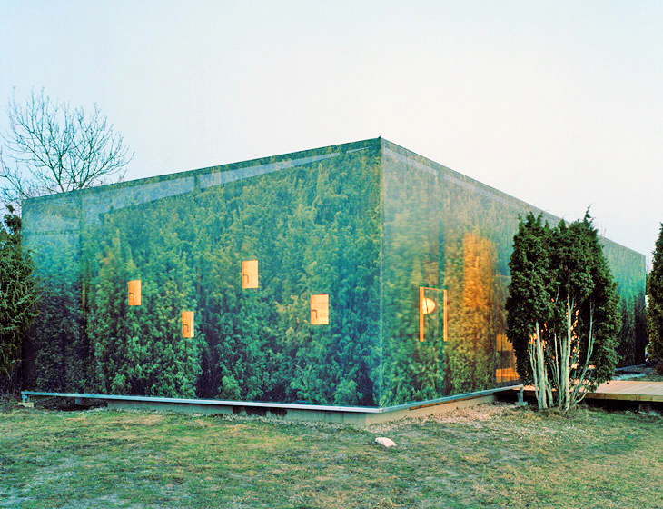 Swedish Juniper House Helps People Live Closer to Nature