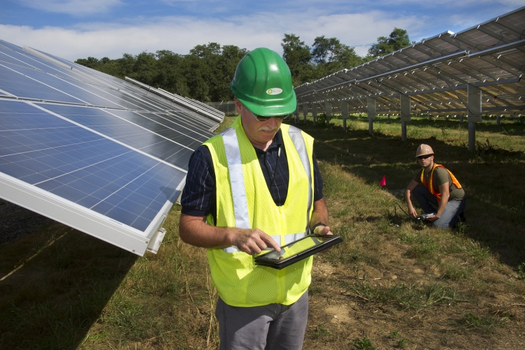 Booming U.S. Solar Industry is Creating Jobs 20 Times Faster Than the Overall Economy