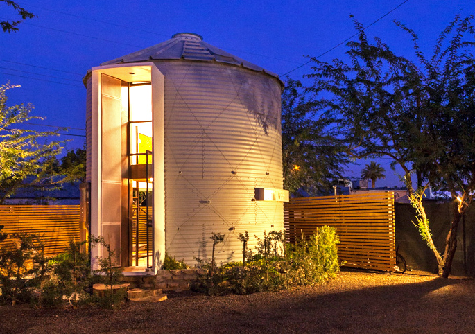 Living in a Grain Silo is Not Exactly Corny: Phoenix Architect Builds His Own Home in the Round