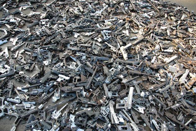 Shovels for Guns: Mexican Artist Melts Guns to Make Shovels for Planting Trees