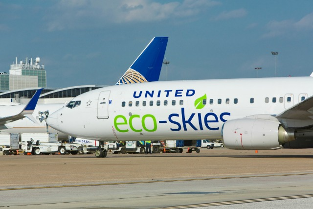 United Airlines Will Fuel Its Jets With Biofuel Made From the Waste You Generate