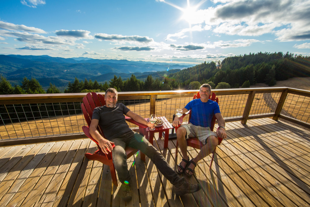 This Fire Lookout Station Was Converted Into an Amazing Off-Grid Home