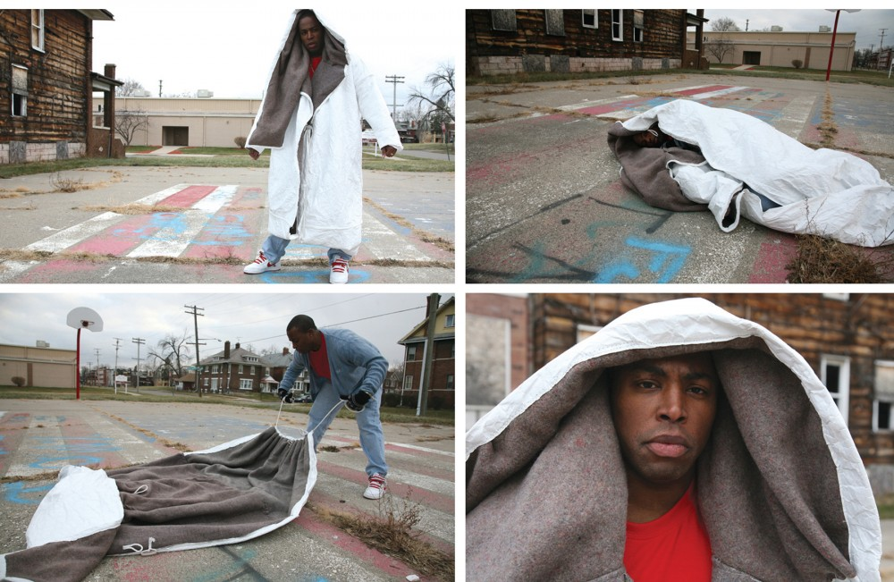 Help Homeless: Coat Sleeping Bag