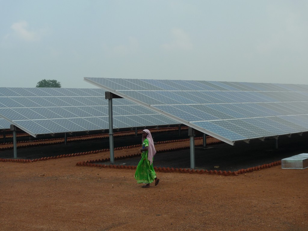 India Solar Energy Expansion & Renewable Energy Mix
