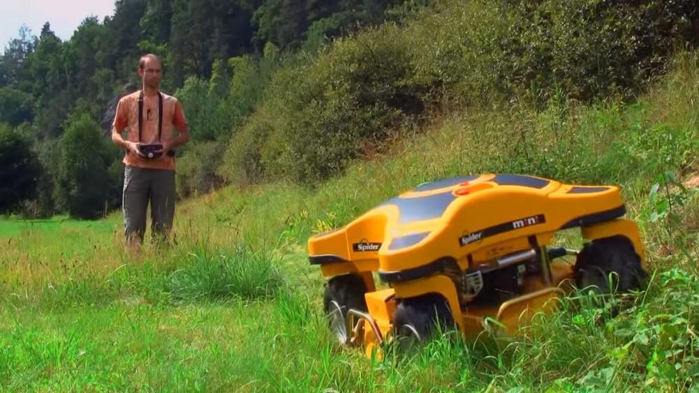 Spider Mini RC Mower