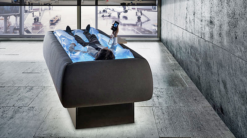 Innovative Zerobody Waterbed Makes Your Body Feel Like Its
