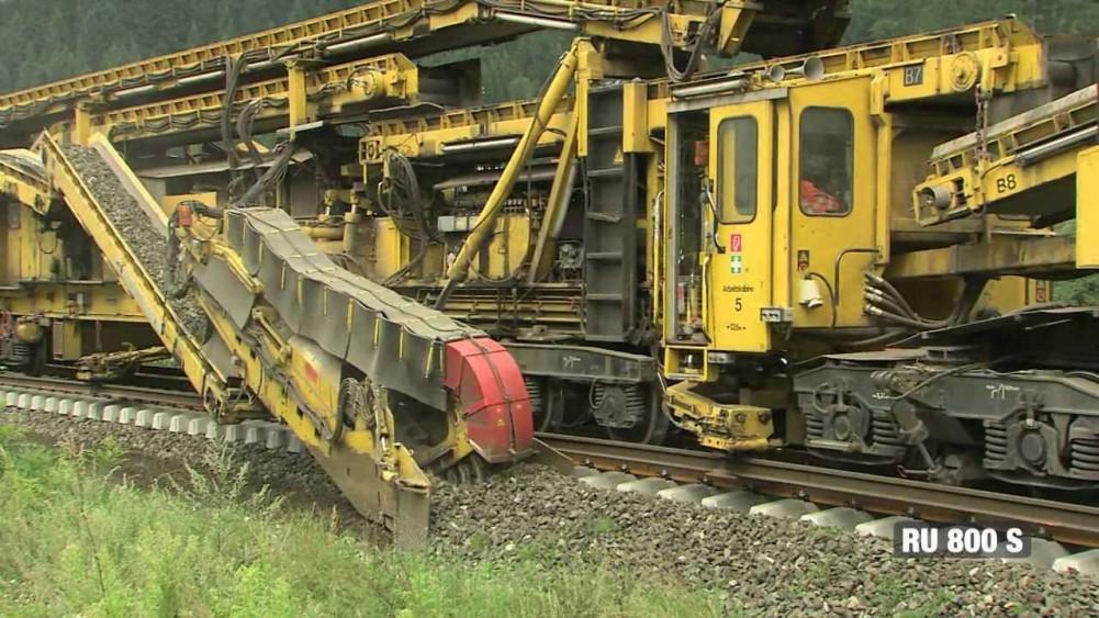 Railroad Tracks, Plasser & Theurer RU-800-S
