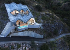This Futuristic Cliff House Overlooking the Mediterrean Needs No Heat or Cooling