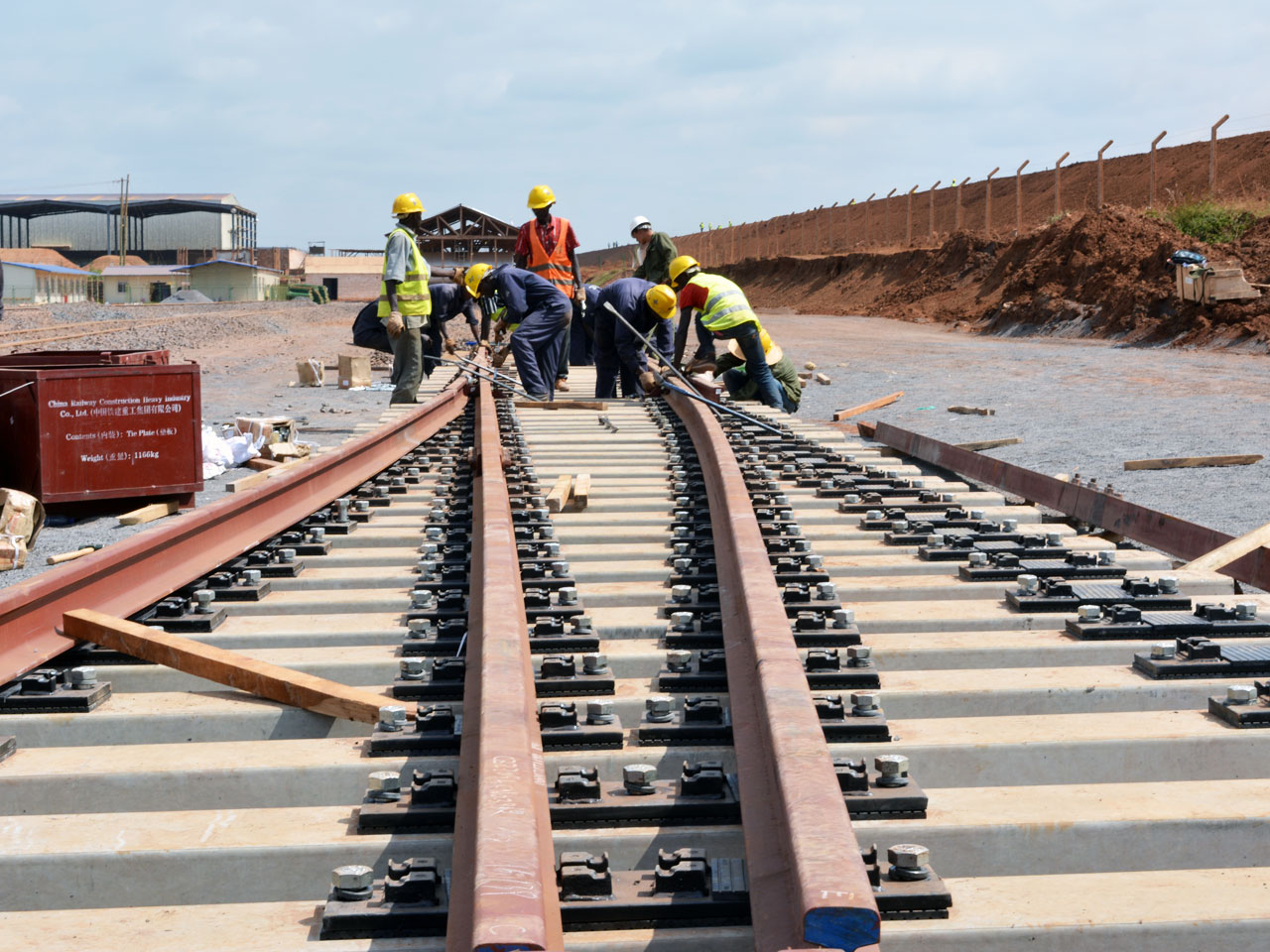 Tanzania Calls for Bidders to Help Construct the Remaining Stretch of the $7.6 billion Standard Gauge Railway