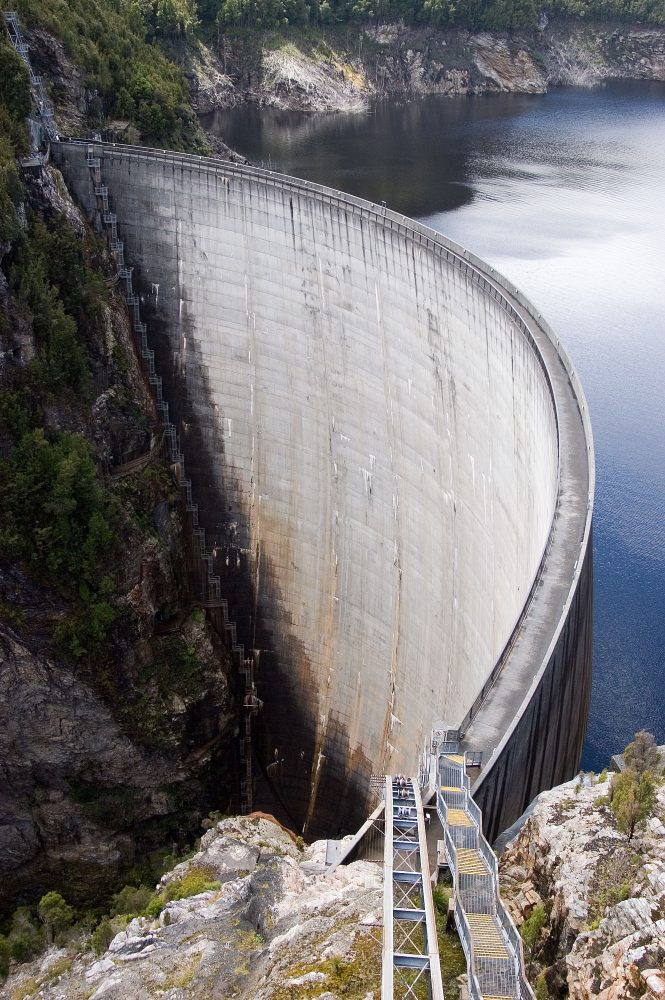 Hydroelectric Dam Building Is a Very Complicated Business