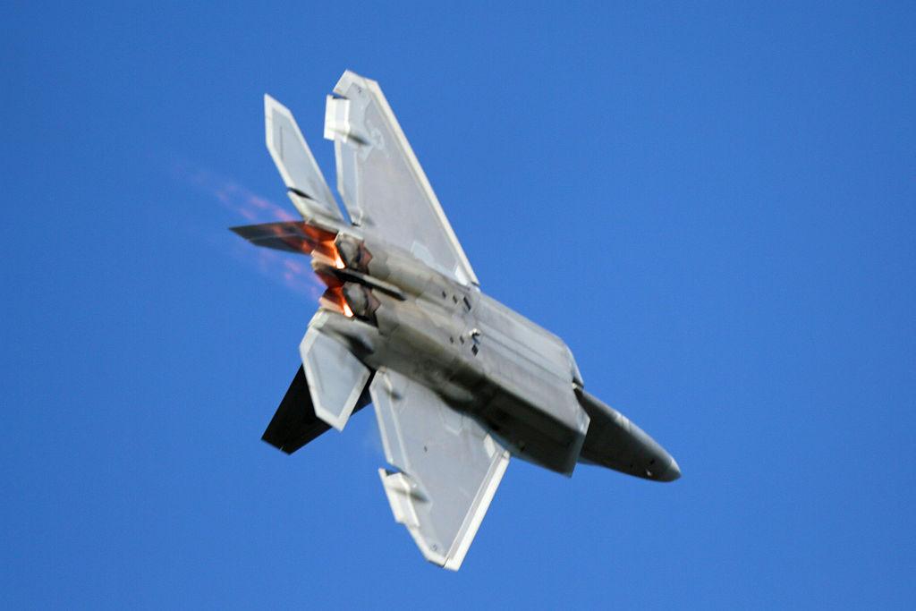 Lockheed_Martin_F-22_Raptor