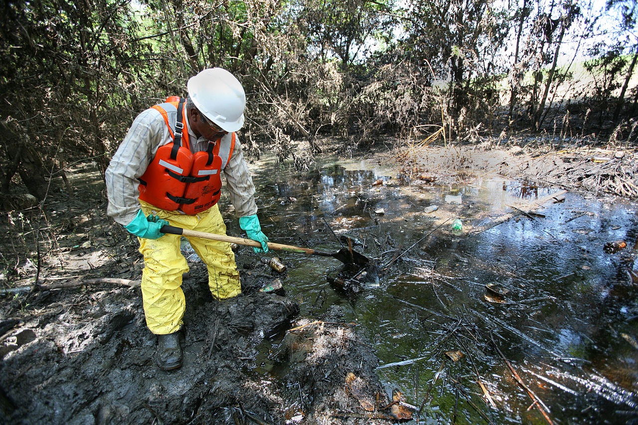Oil Spill Clean Up in Kansas & Bioremediation