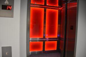 Survival bunker elevator