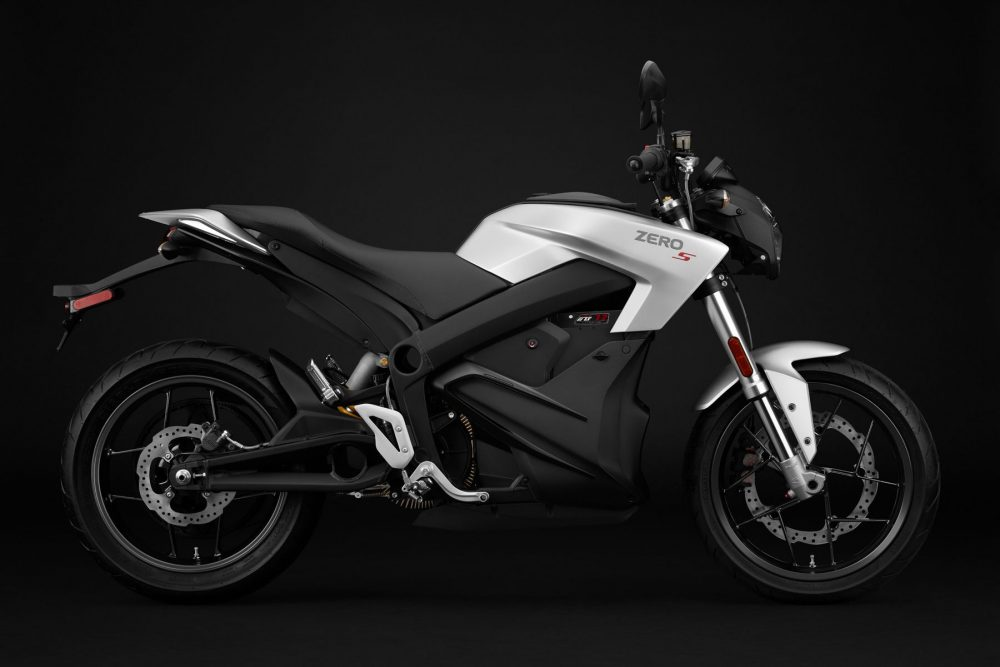 Zero Motorcycles: 200 Miles on One-Hour Charge