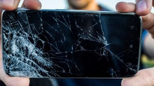 """Self-Healing Glass"" Could Fix Shattered Phone Screens"