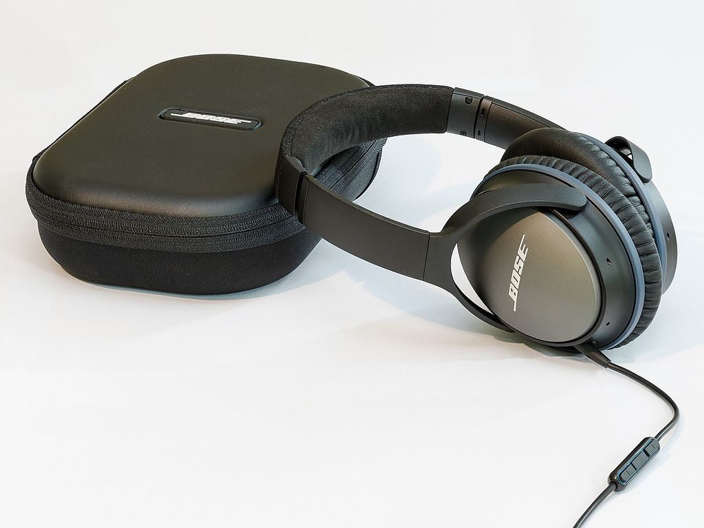 Need Headphones? How to Pick the Best Ones for You