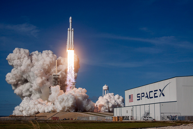 SpaceX Rocket Falcon Heavy Lights 27 Engines Before Launch