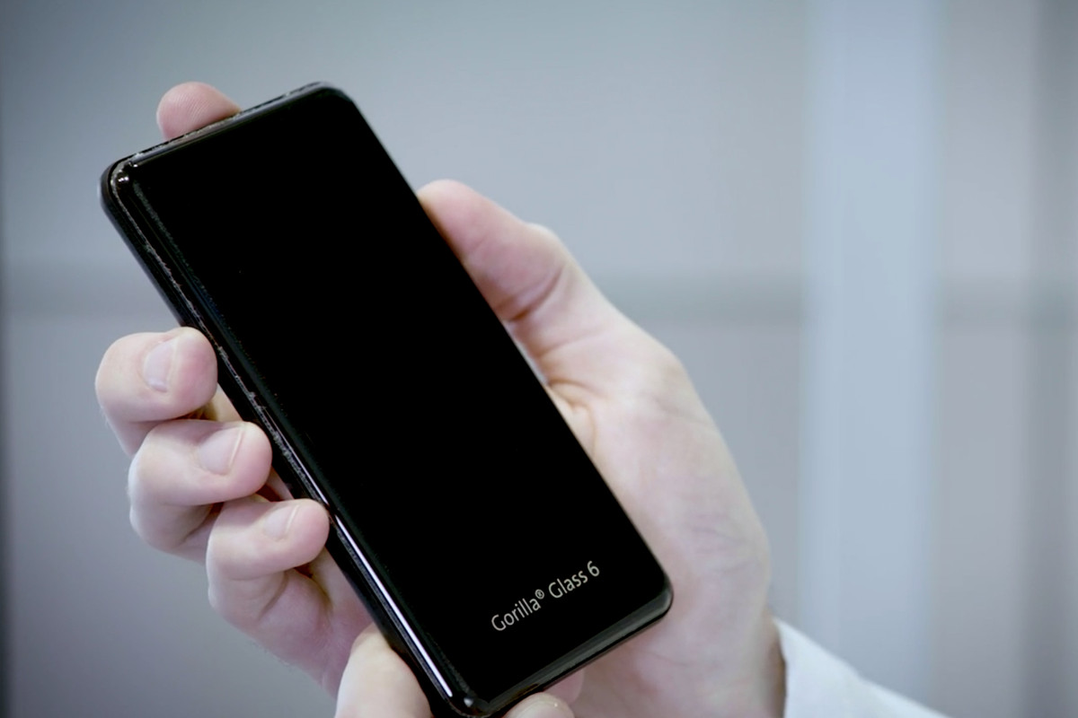 Corning's Gorilla Glass 6 Lets Your iPhone Take a Beating