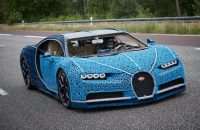 This Life-Sized Bugatti Chiron Is Made Of 1 Million Lego Pieces and It Actually Drives