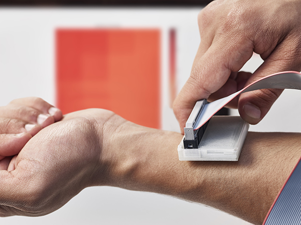 Low Cost Hand-Held Skin Cancer Detection Device