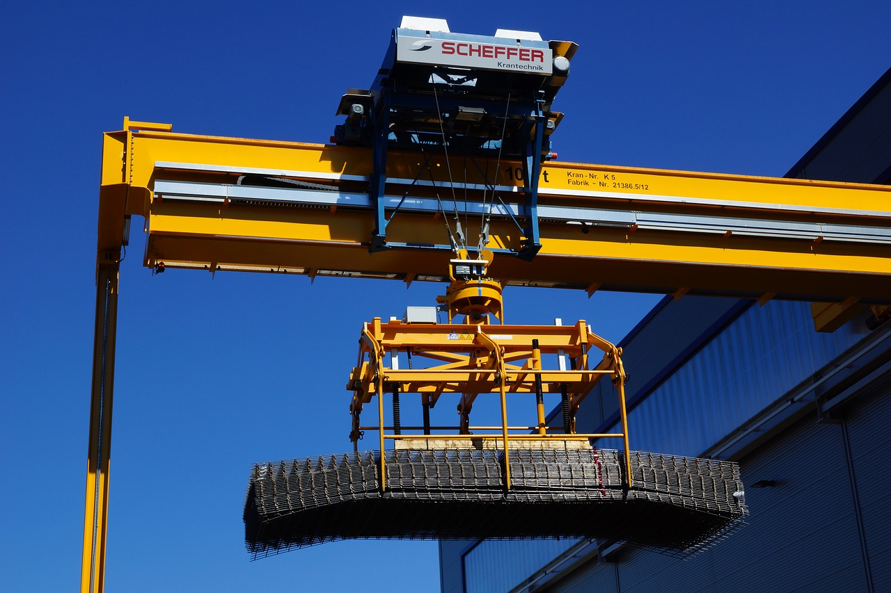 Image result for Prefer Gantry Cranes To Carry Out Lifting Projects