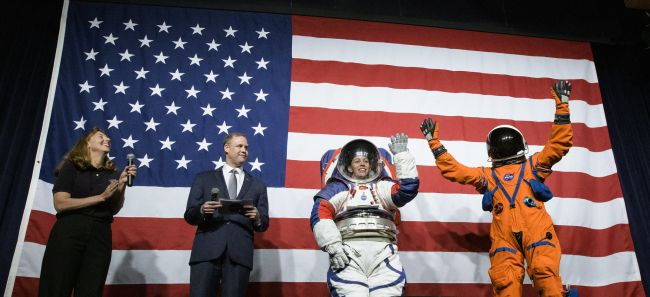 Why Astronauts Sometimes Wear Orange Suits & Sometimes White?