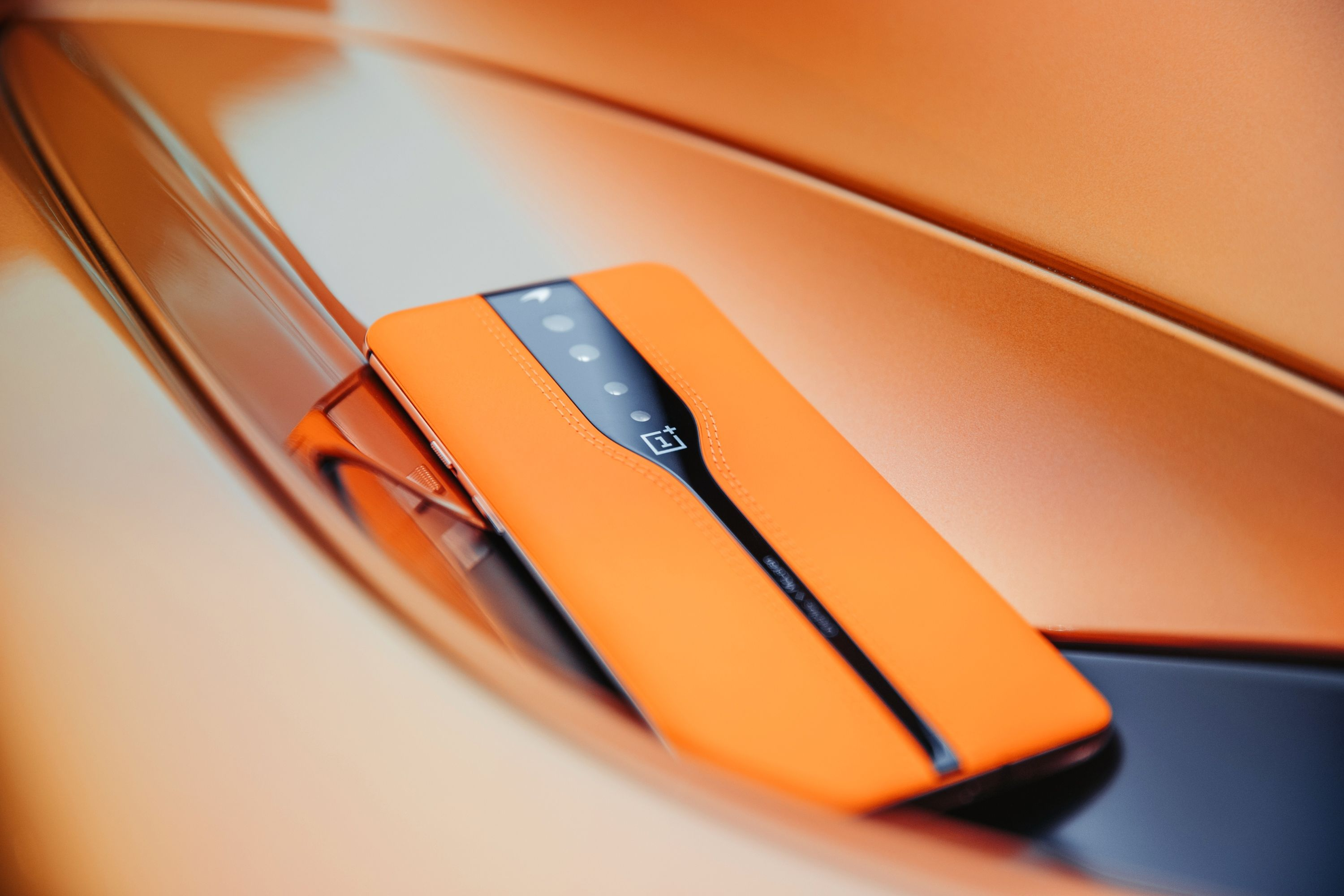 OnePlus Uses Technology from McLaren to Hide Smartphone Cameras When not in Use