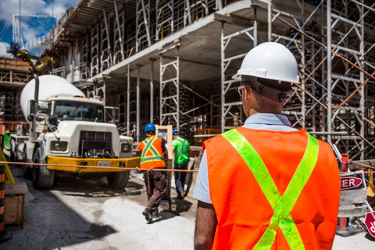Seven Important Things You Should Know Before Hiring a Contractor