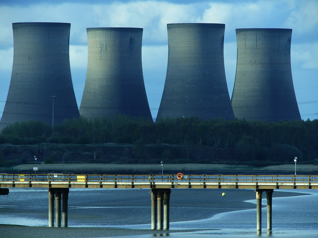 Why You Should Pay Attention to Cooling Tower Cleaning