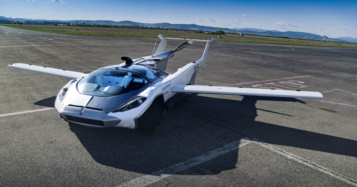 Car That Transforms Into an Airplane in 3 MINUTES Flies over Slovakia in Test Flight