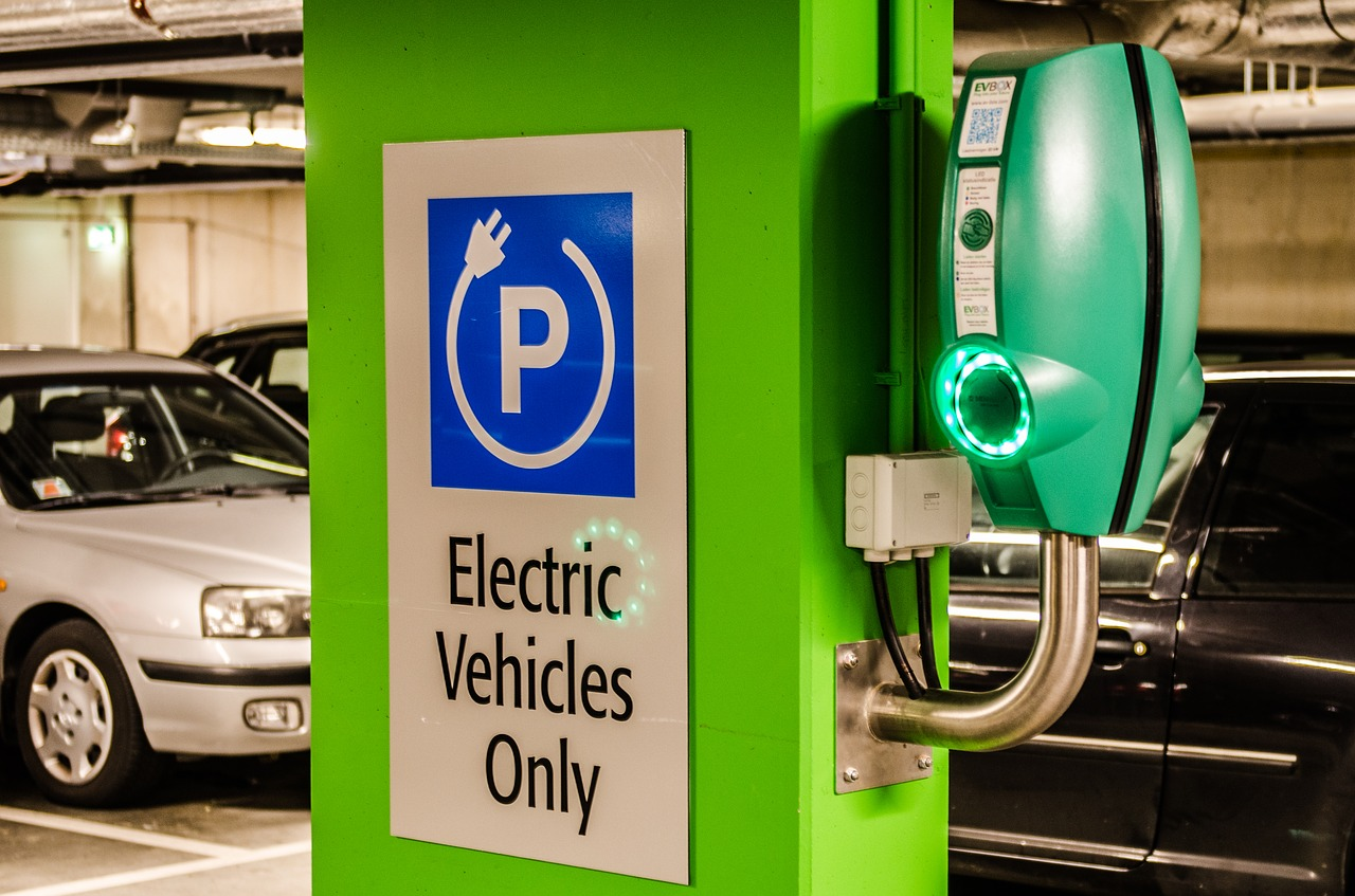 In The UK You Can Now Book an EV Charger and Parking Space Online
