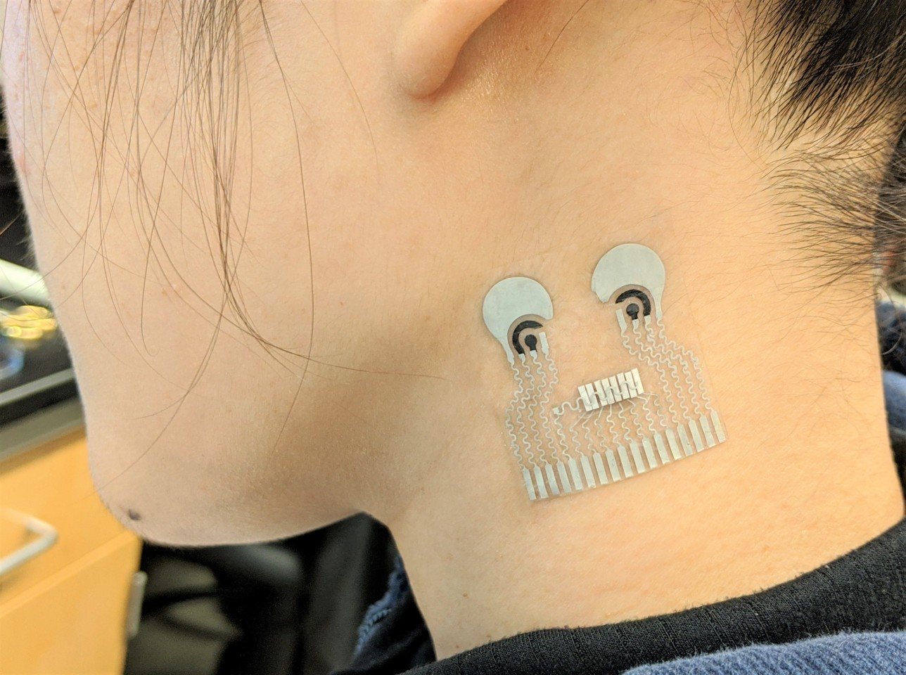 Skin Patch Tracks Multiple Biochemicals And Blood Pressure