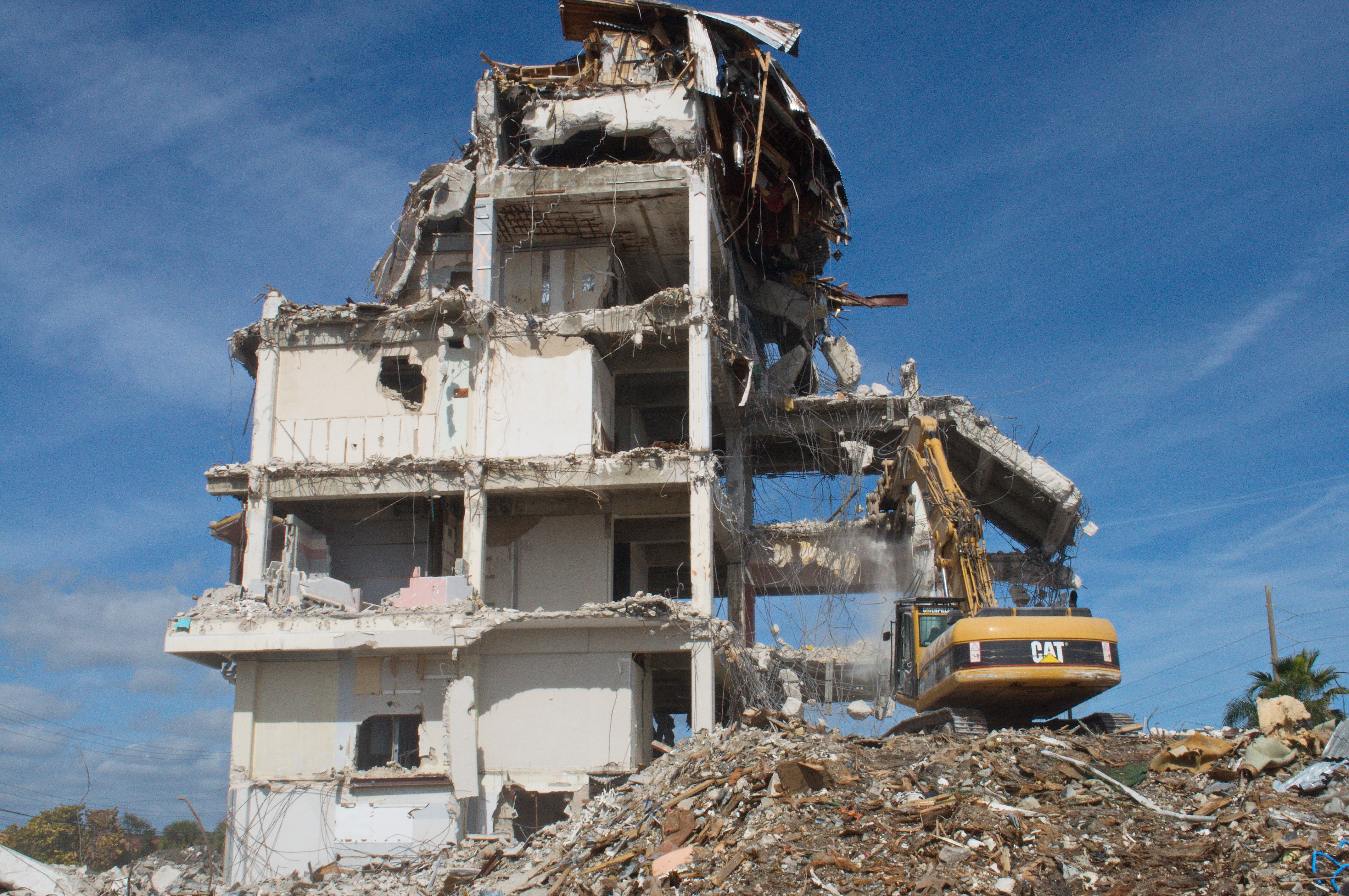 How To Manage Construction And Demolition Waste In Your Project