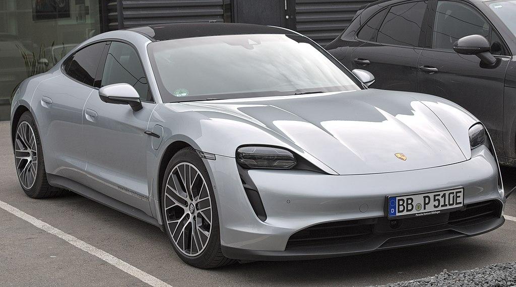 Porsche Taycan 2021 Software Update Is a Paradigm for a New Car Era