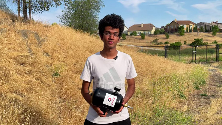 California Teen Invents New Type of Fire Extinguisher to Protect Homes from Wildfires